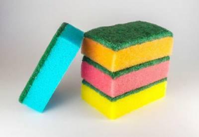 Как часто необходимо менять губки для мытья посуды: рекомендация экспертов